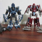 Figure Review: Transformers: Dark of the Moon – Powerglide & Blackout