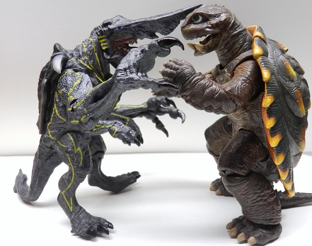 Gamera versus Knifehead