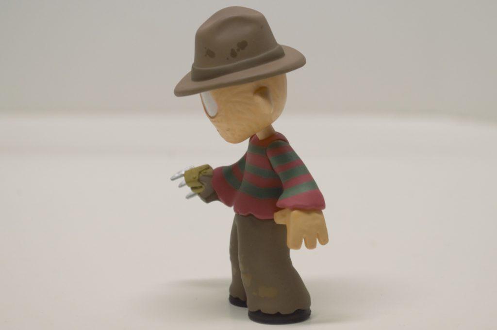 funko-mystery-mini-freddy-krueger-4